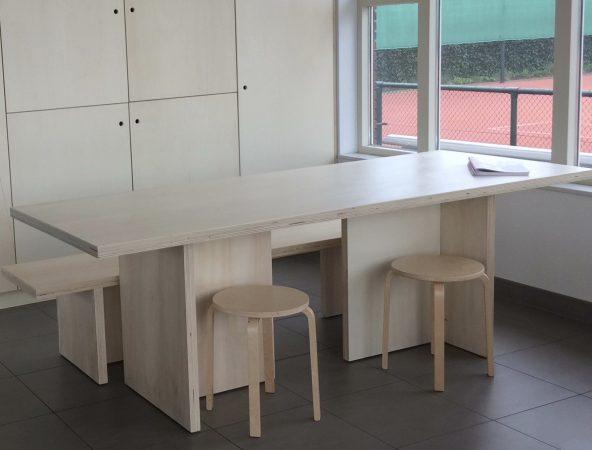 DLTC multiplex tafel en bank